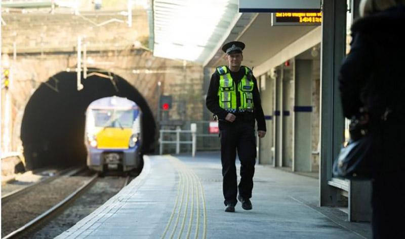 BTP policement on rail platform